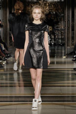 Pinghe AW14 catwalk - London Fashion Week