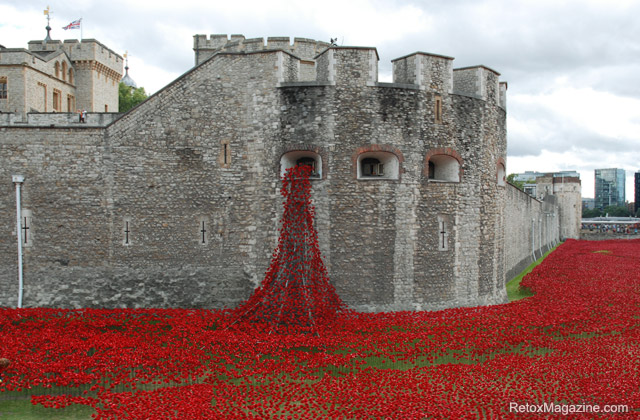 Poppies in the Moat at the Tower of London - Retox Magazine
