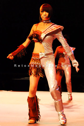 Energetic performance by Kohsuke Visual Network, Japan: Thunderbird - Alternative Hair Show - photo 1