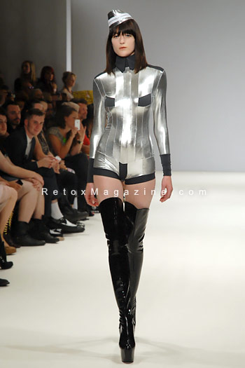Pam Hogg, London Fashion Week, catwalk image6