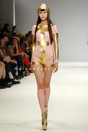 Pam Hogg, London Fashion Week, catwalk image8