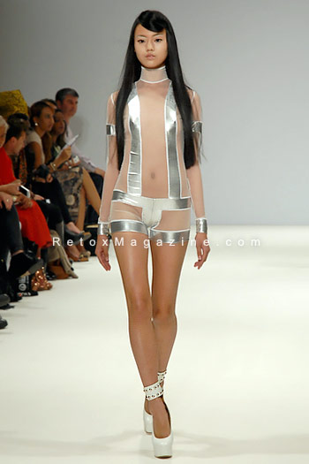 Pam Hogg, London Fashion Week, catwalk image15