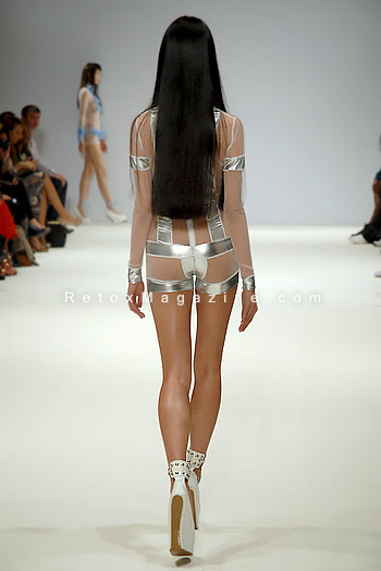 Pam Hogg, London Fashion Week, catwalk image16