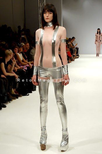 Pam Hogg, London Fashion Week, catwalk image21