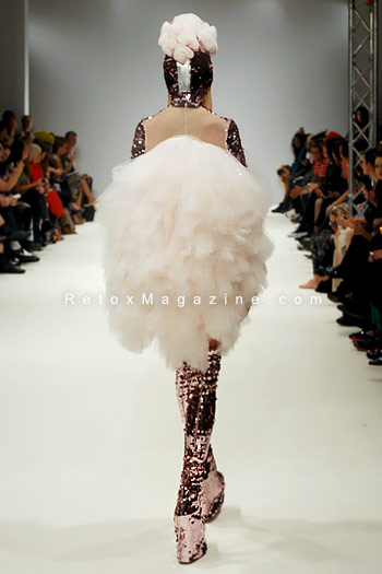 Pam Hogg, London Fashion Week, catwalk image24