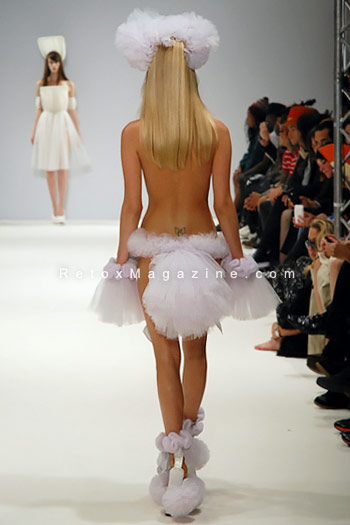 Pam Hogg, London Fashion Week, catwalk image26