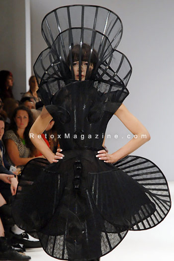 Pam Hogg, London Fashion Week, catwalk image31