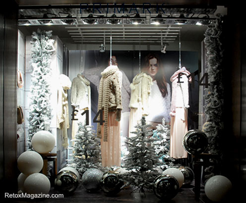 Christmas Window Ideas For Retail.Christmas Windows In Central London